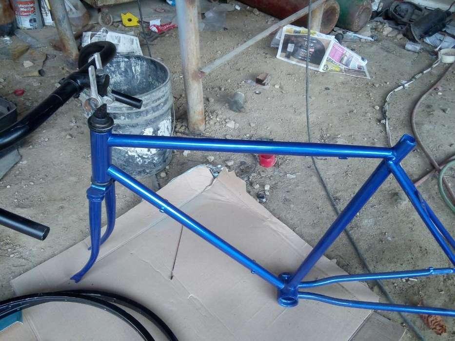 Vendo <strong>bicicleta</strong> de Carrera por Armar