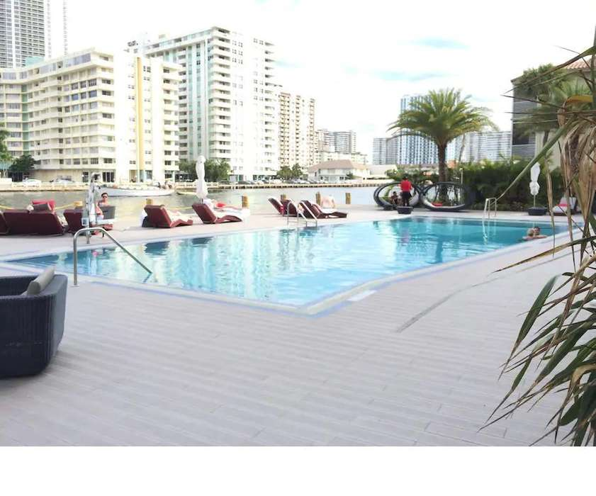 Dpto en Beachwalk Resort 2 camas de 2 plazas Queen Ubicación Hallandale Beach Boulevard 2602, Miami, Florida
