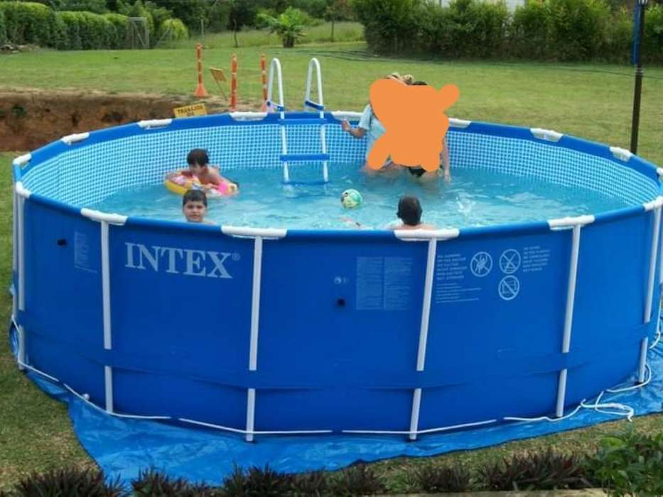Vendo Piscina Intex de Segunda