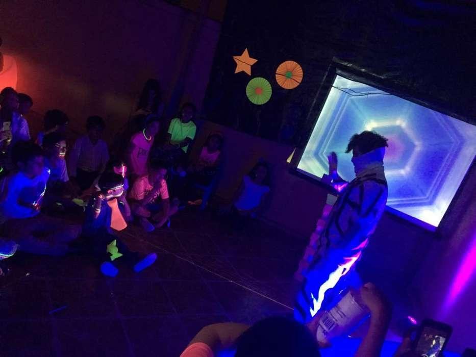 Alquiler de Luz Neon Ultravioleta Glow