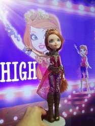 Ever After High Muñeca Original