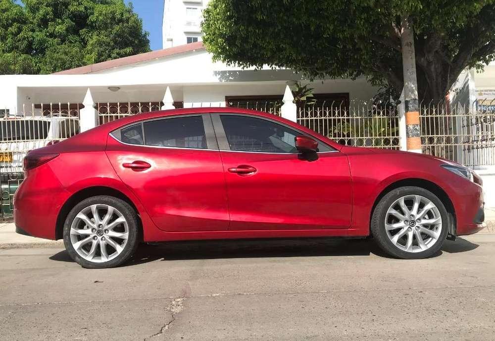 Mazda 3 2017 - 21500 km
