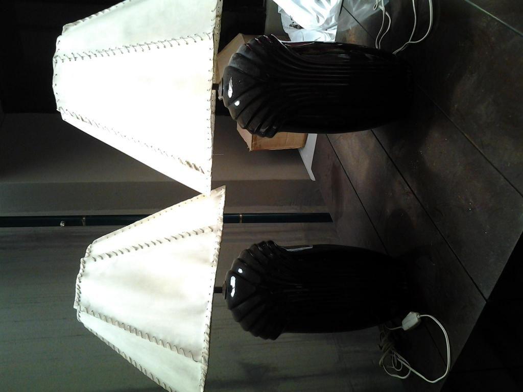 Lamparas de ceramica color negro con pantalla