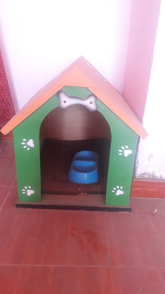 Casa para Perro Mediano  Plato  Tapete
