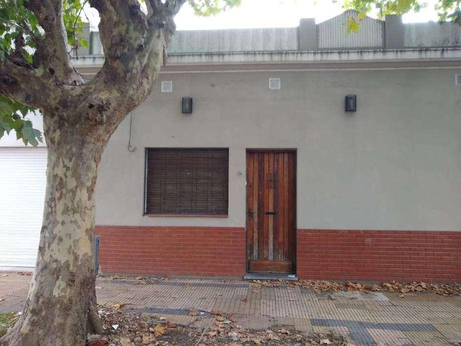 Casa en alquiler en Villa Cramer