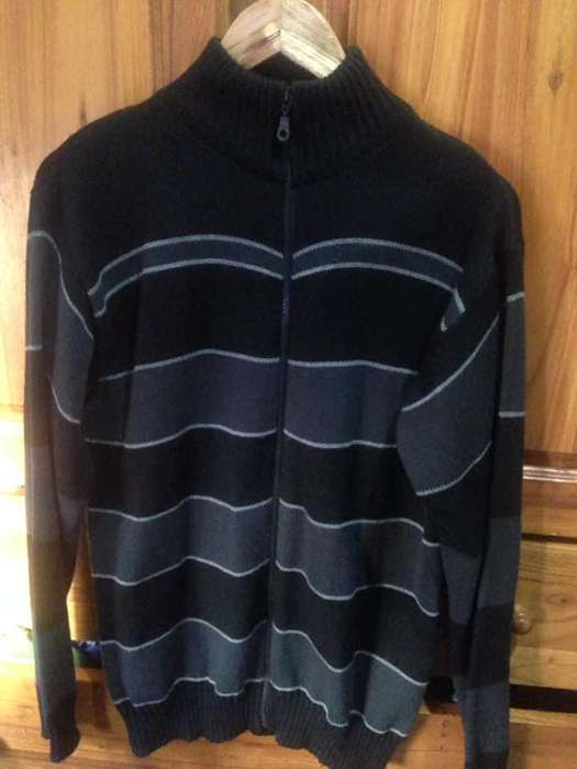 VENDO campera <strong>masculina</strong> talle L 200