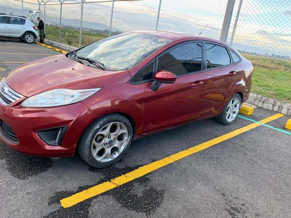 <strong>ford</strong> Fiesta  2013 - 70000 km