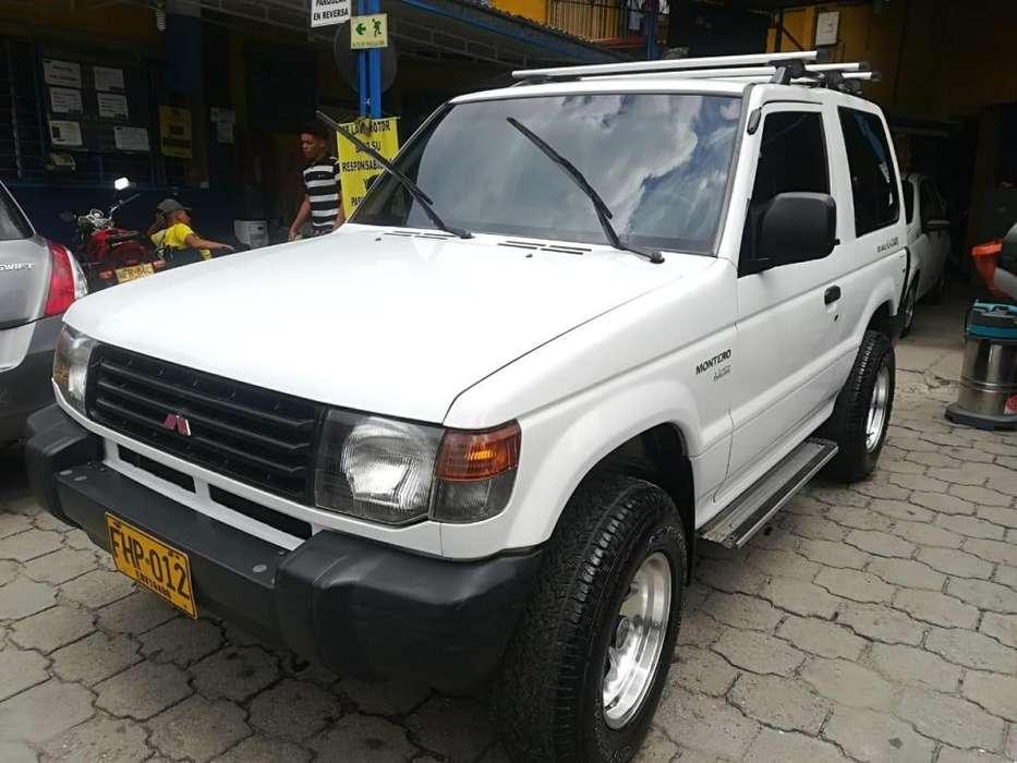Mitsubishi Montero 2010 - 119000 km
