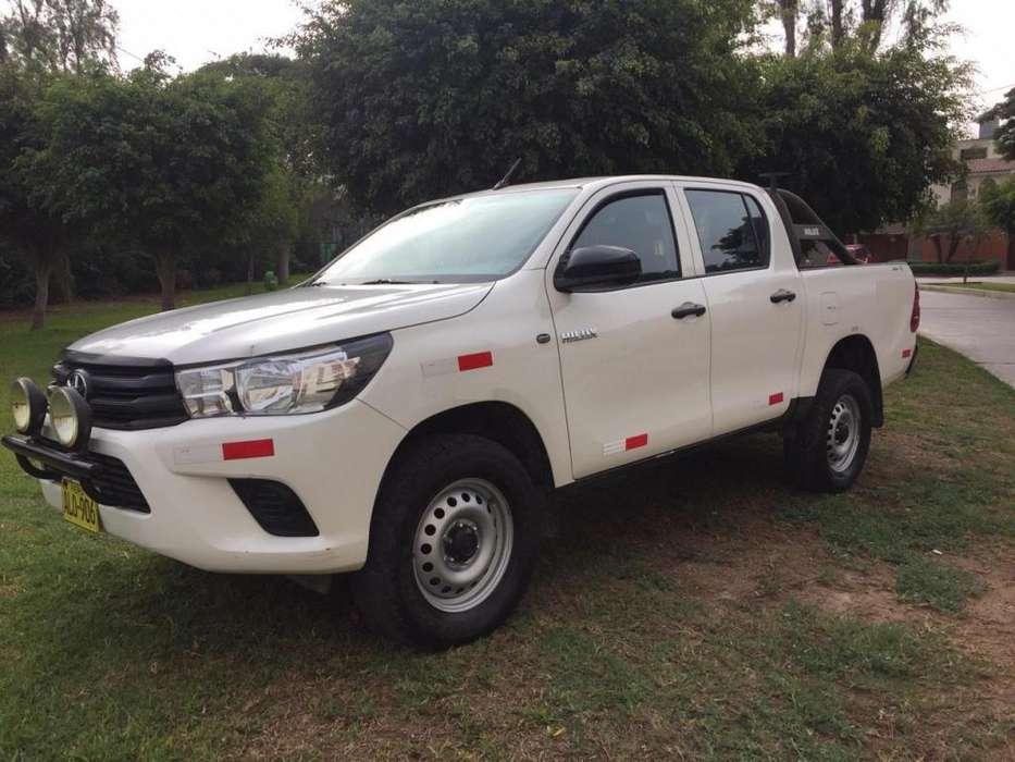 Toyota Hilux 2015 - 51000 km