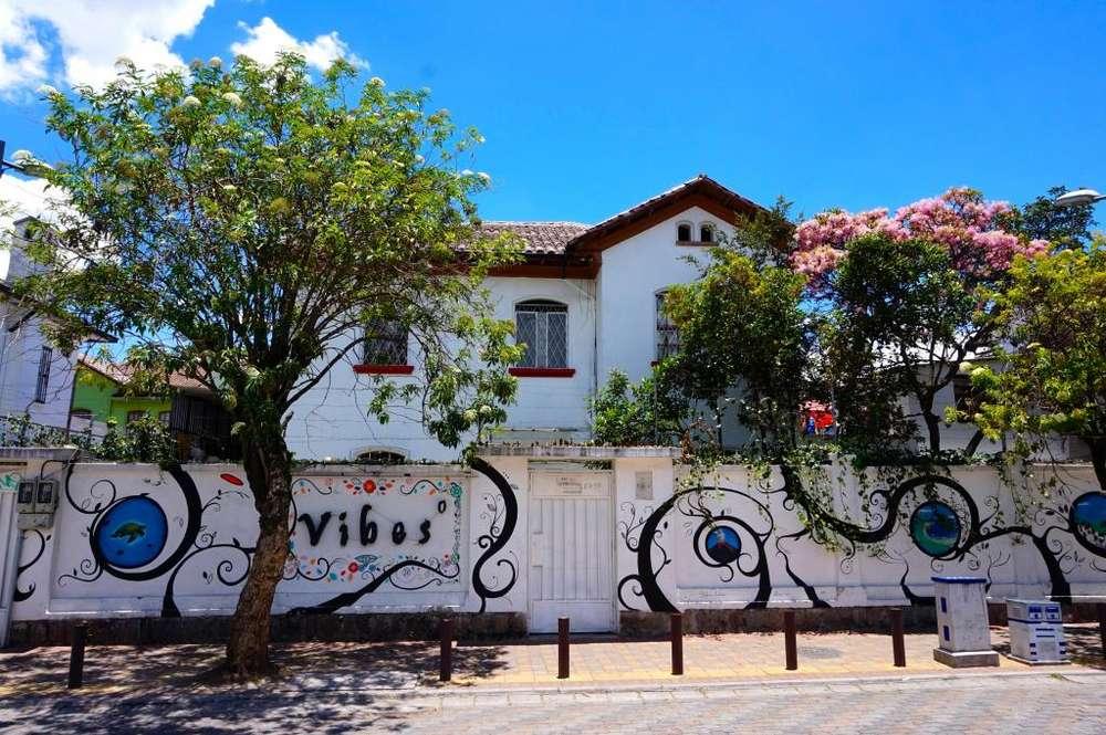Casa con Hostal para extranjeros instalado y funcionando desde 2012 en venta