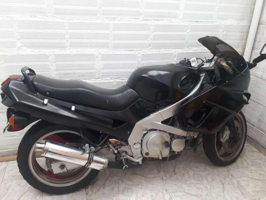 Se Vende Moto <strong>kawasaki</strong> 600
