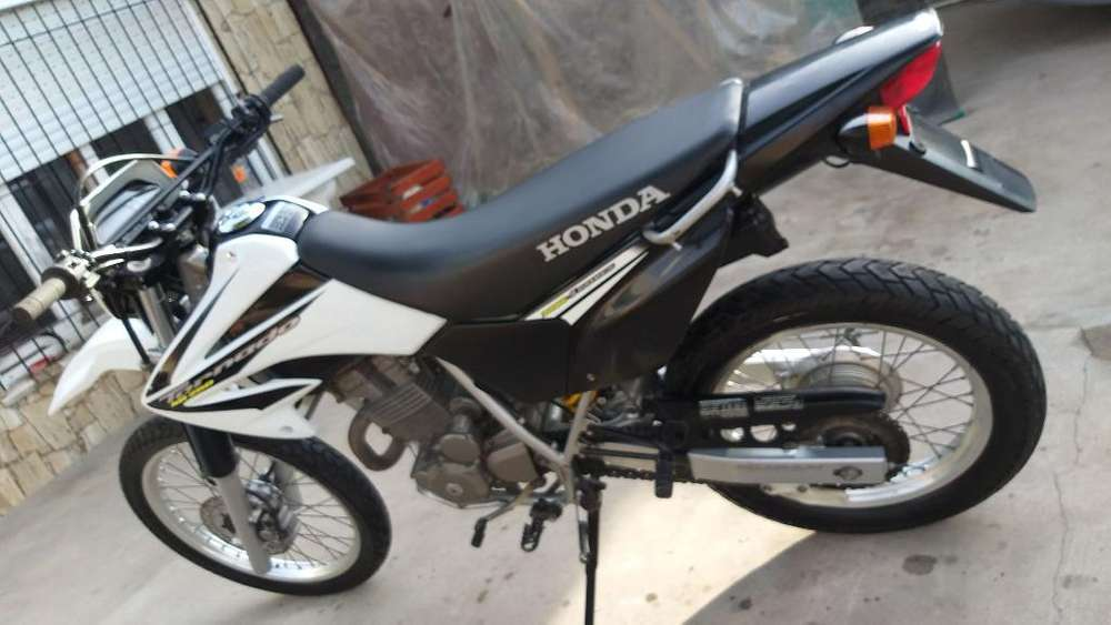 Vendo Honda Tornado 2013 Exelente Estado