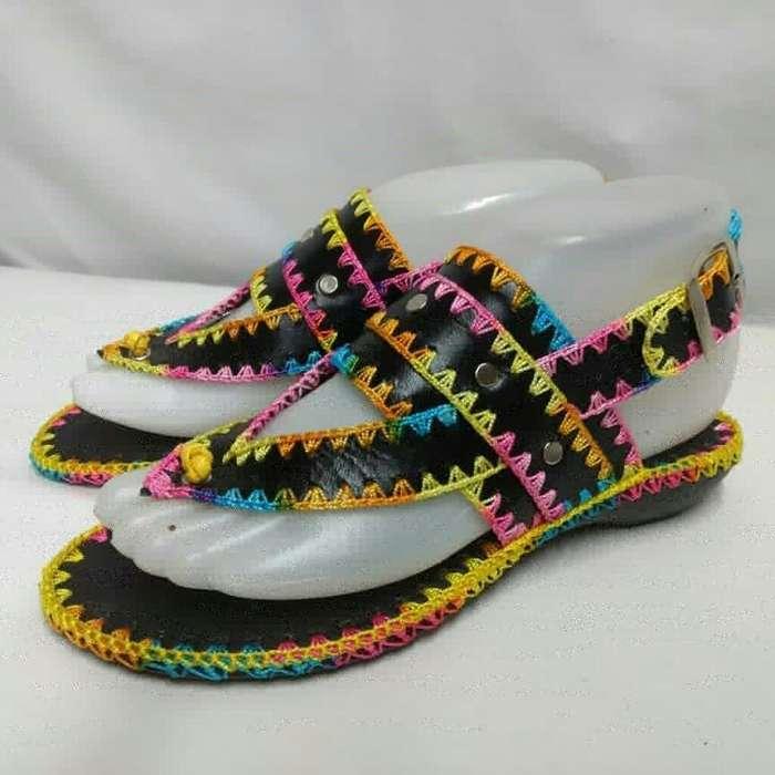Sandalias en Cuero Y Crochet. Inf.wsp 31