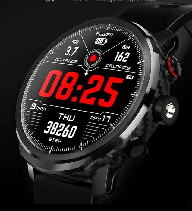 Reloj Inteligente L5 Pro HR, Sensor movimiento, Deportes, Linterna LED, Bluetooth