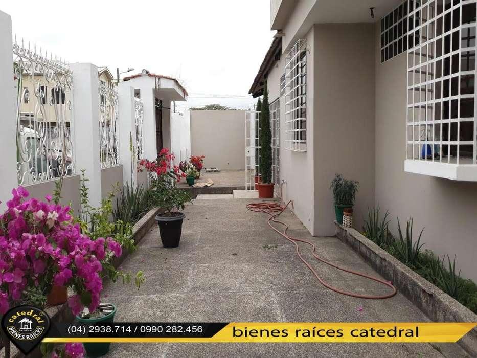 Casa de venta en Vía a Samborondon - Cdla. La Gloria – código:15258