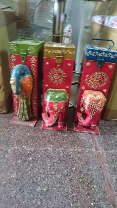 portabotellas de madera importado de india.