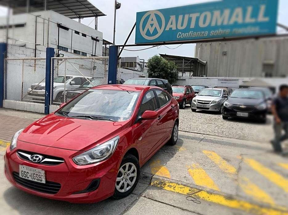 Hyundai Accent 2012 - 35000 km