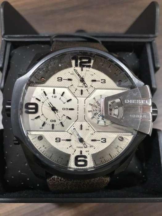 Reloj Diesel Uber Chief 4 DZ7391 Nuevo Para Hombre