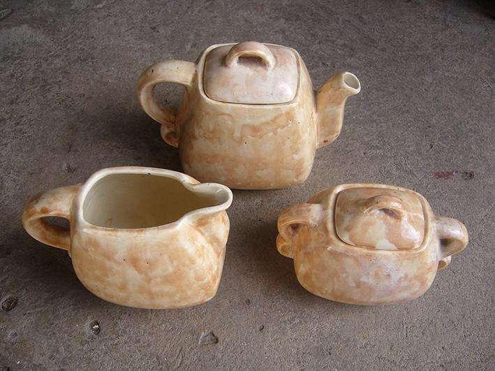 Juego de Té antiguo, 3 piezas, usado buen estado.