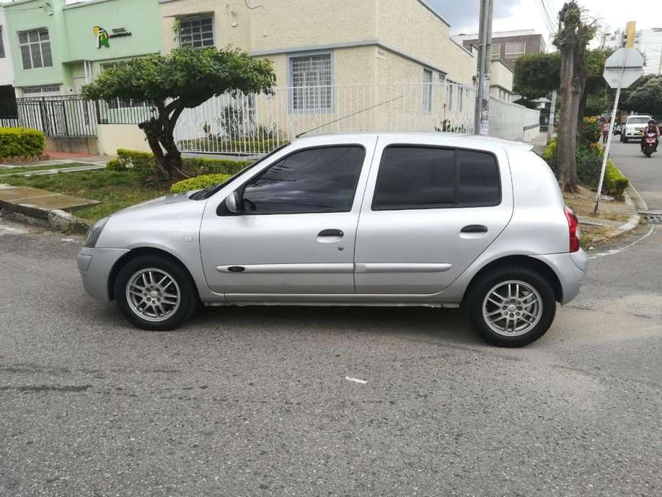 <strong>renault</strong> Clio  2006 - 127000 km