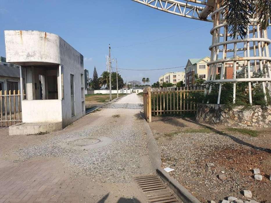 Venta de Macrolote para Proyecto Inmobiliario, Avenida Samborondón Km 5 cerca de Plaza Lagos