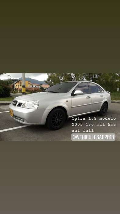 Chevrolet Optra 2005 - 136000 km
