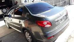 Peugeot 207 compact xs full 2011 1.4 nafta 100mil y cuotas