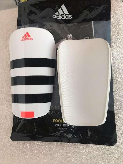 Canilleras Adidas Originales