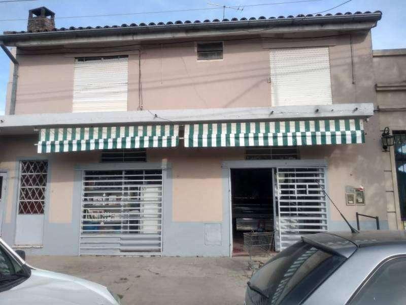 Locales en Venta , Sarmiento Nº819 Bº La recova, Marcos Paz, Cod.2199