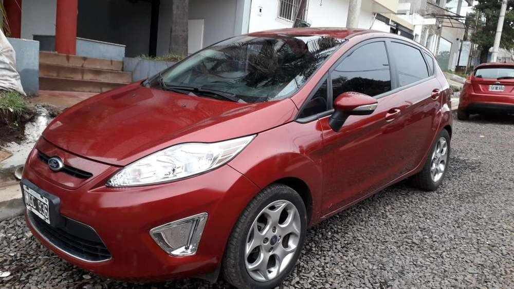 Ford Fiesta Kinetic 2013 - 68000 km