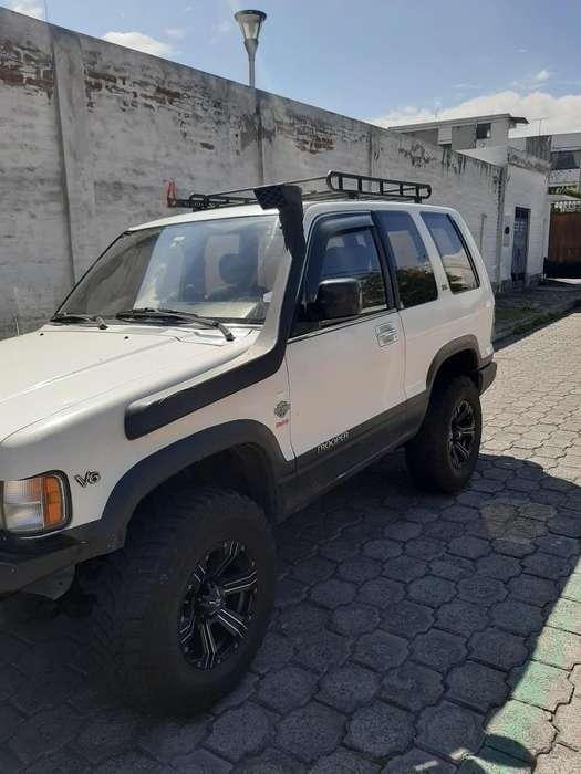 Chevrolet Trooper 1995 - 280000 km