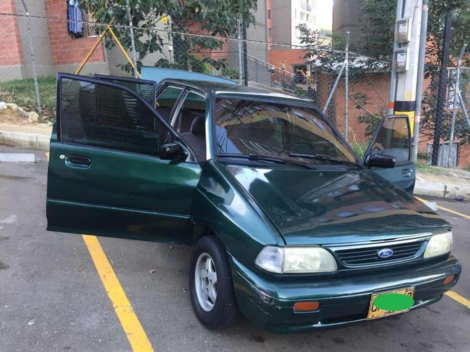 Ford Festiva 1999 - 112005 km
