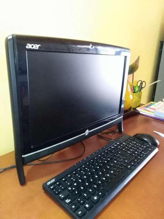 Computador Todo en Uno Acer