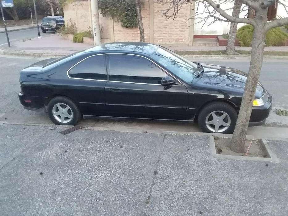 Honda Accord 1996 - 175000 km