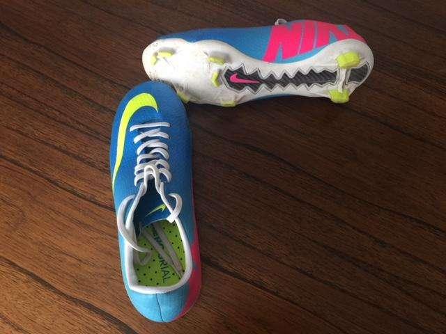 Botines Nike Mercurial Victory talle 36/37. Casi sin Uso