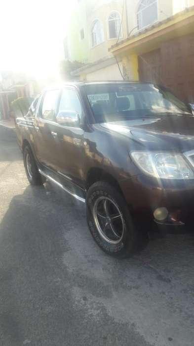 Toyota Hilux 2007 - 1000 km