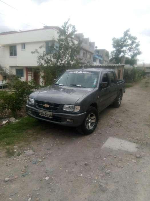 Chevrolet Luv 2003 - 20000 km