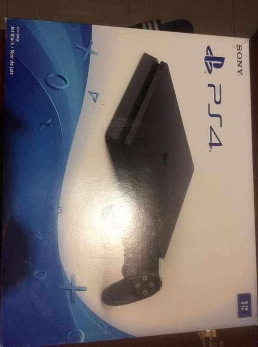 PS4 SLIM 1 TERA 1 JOYSTICK FIFA 18 3 JUEGOS DIGITALES