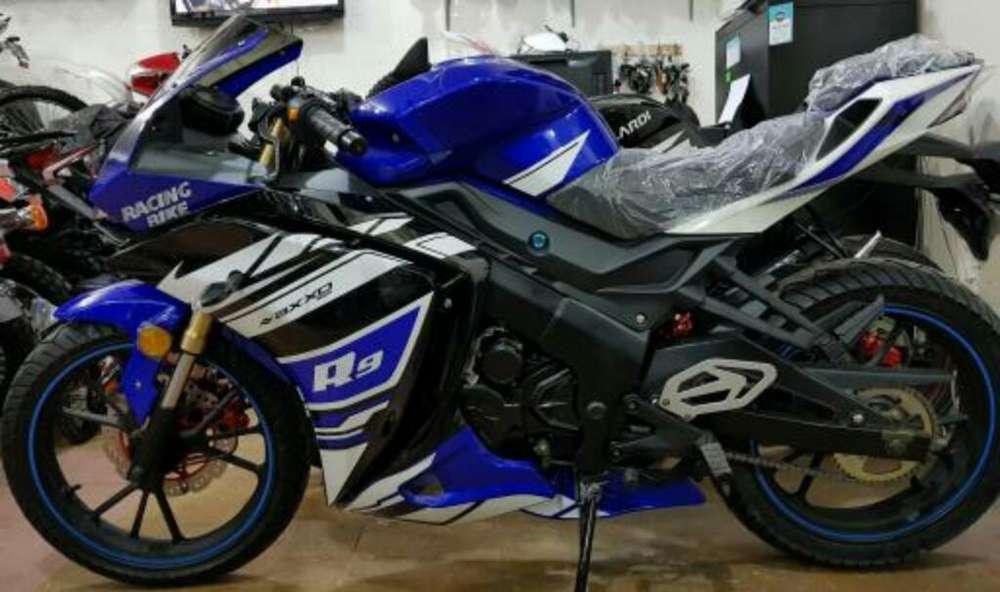 Moto Axxo R9 250