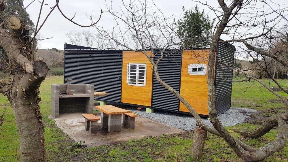 at25 - Cabaña para 1 a 2 personas con pileta y cochera en Tandil