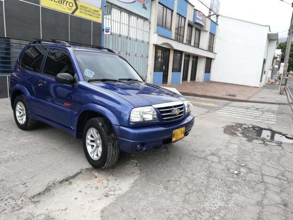 Chevrolet Grand Vitara 2012 - 76000 km