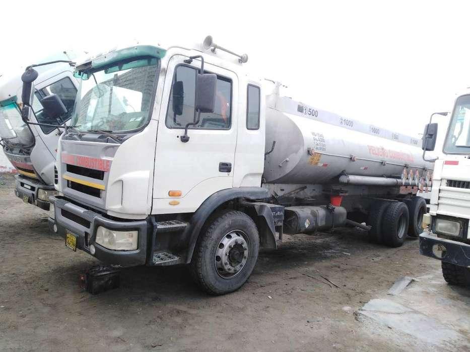 Camión Cisterna 4000 Galones