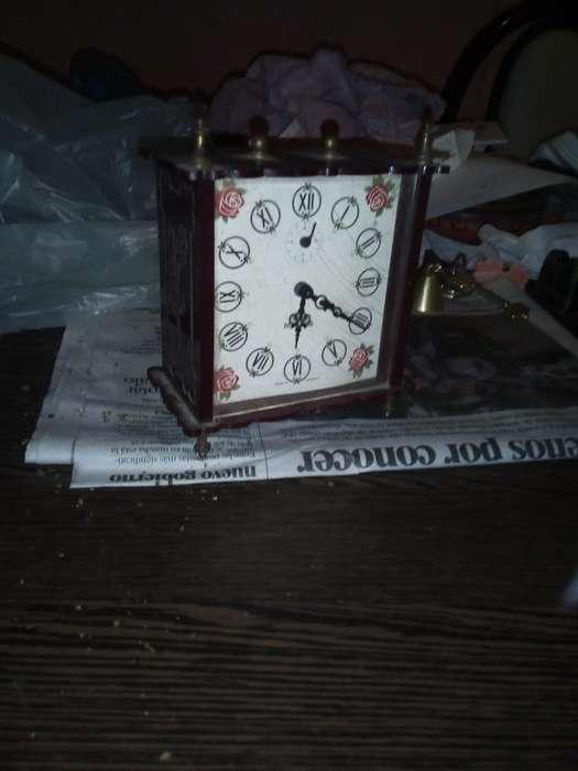 Reloj a Cuerda Antiguo
