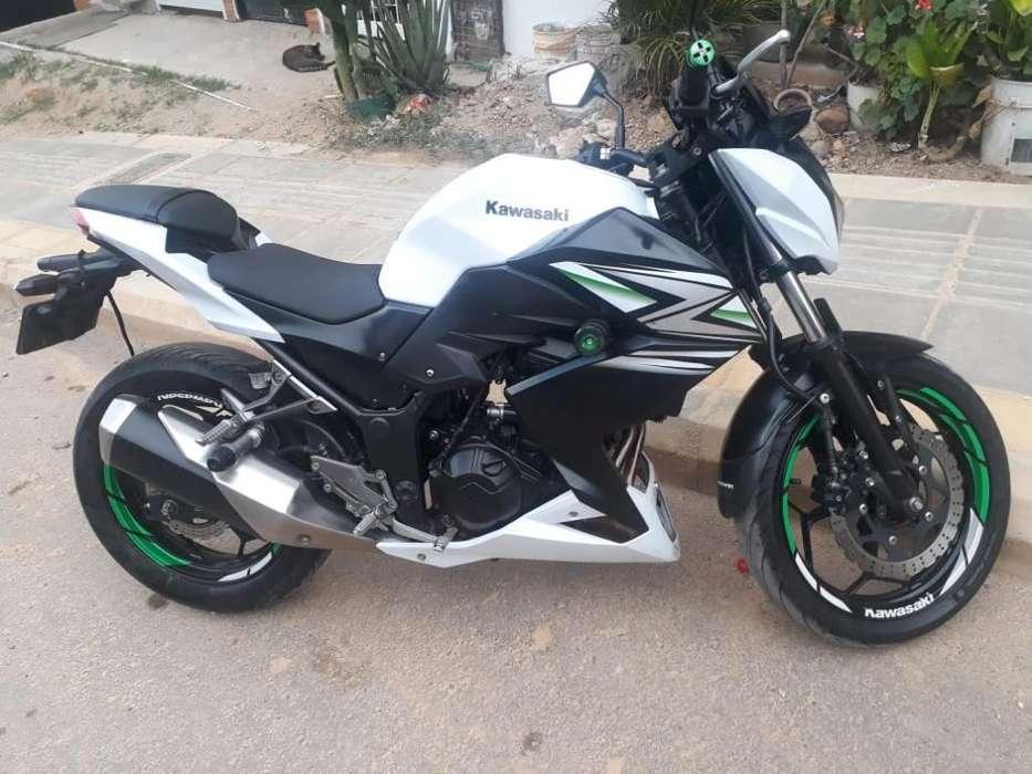 Moto Kawasaki Z 250