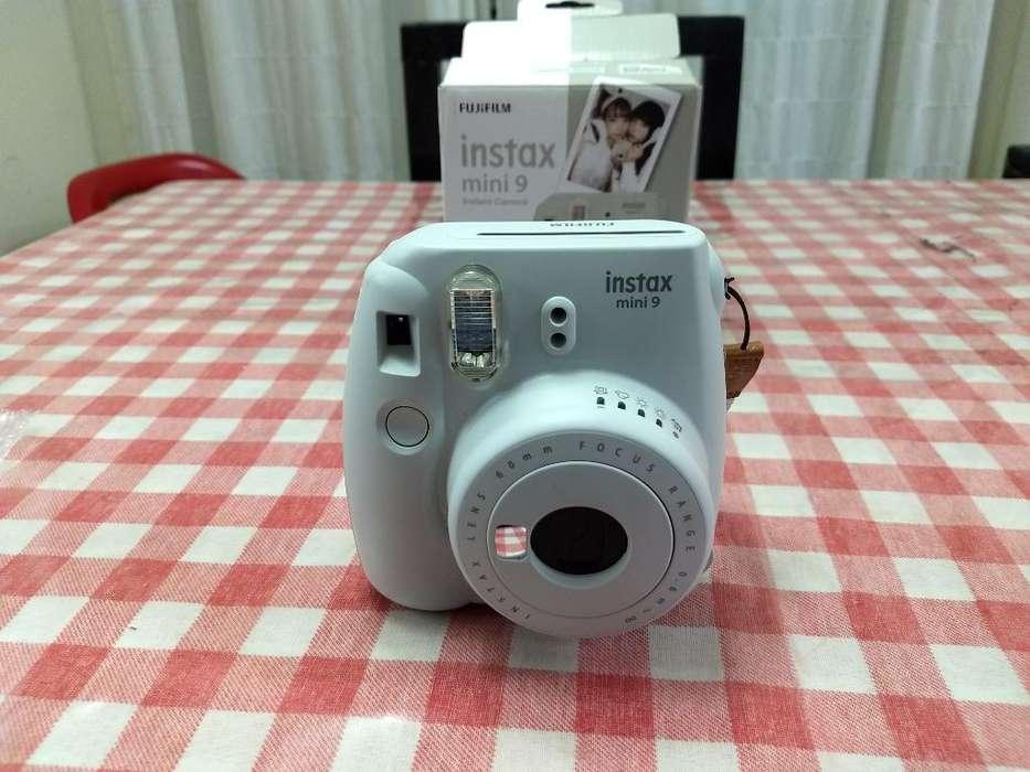 Camara Instax Mini 9