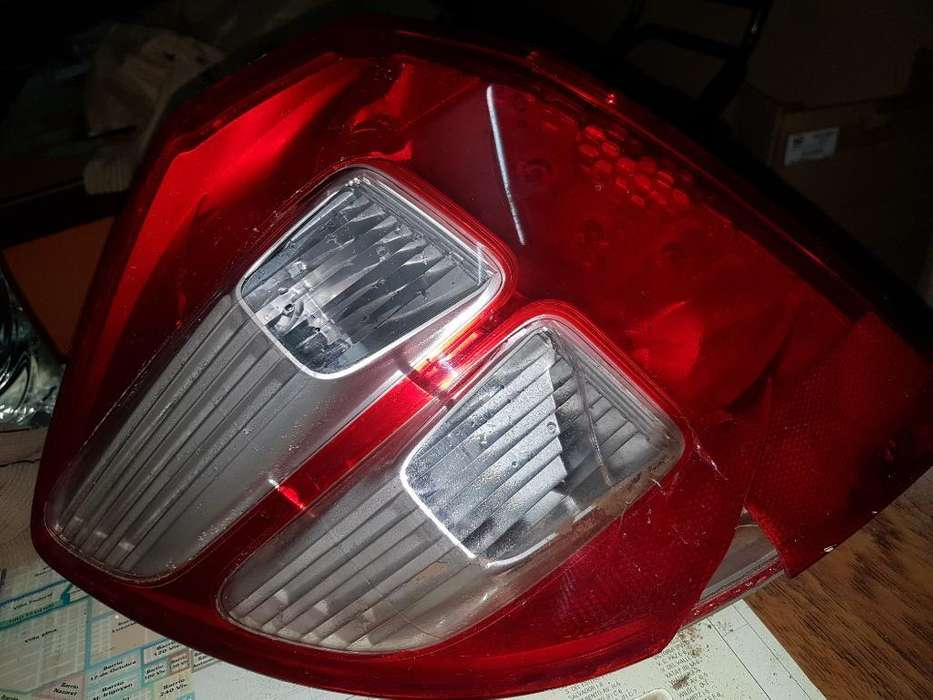 Faro Trasero Honda Fit