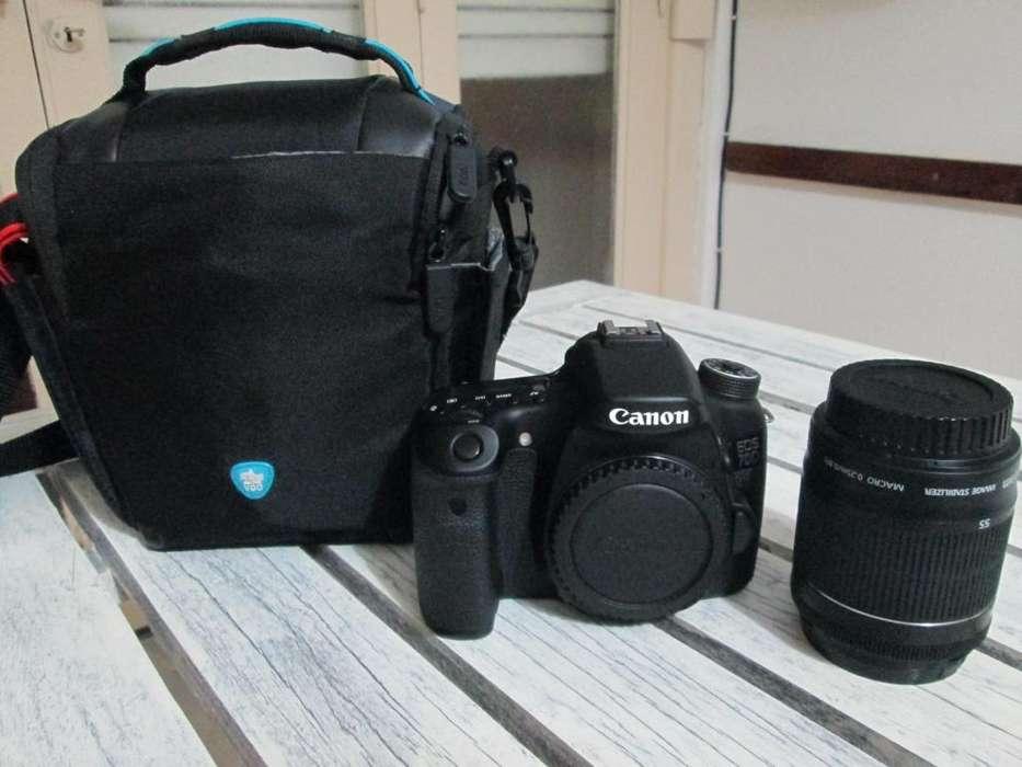 Vendo Camara Canon 70D nueva.