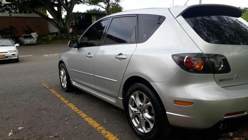 Mazda 3 2005 - 168000 km