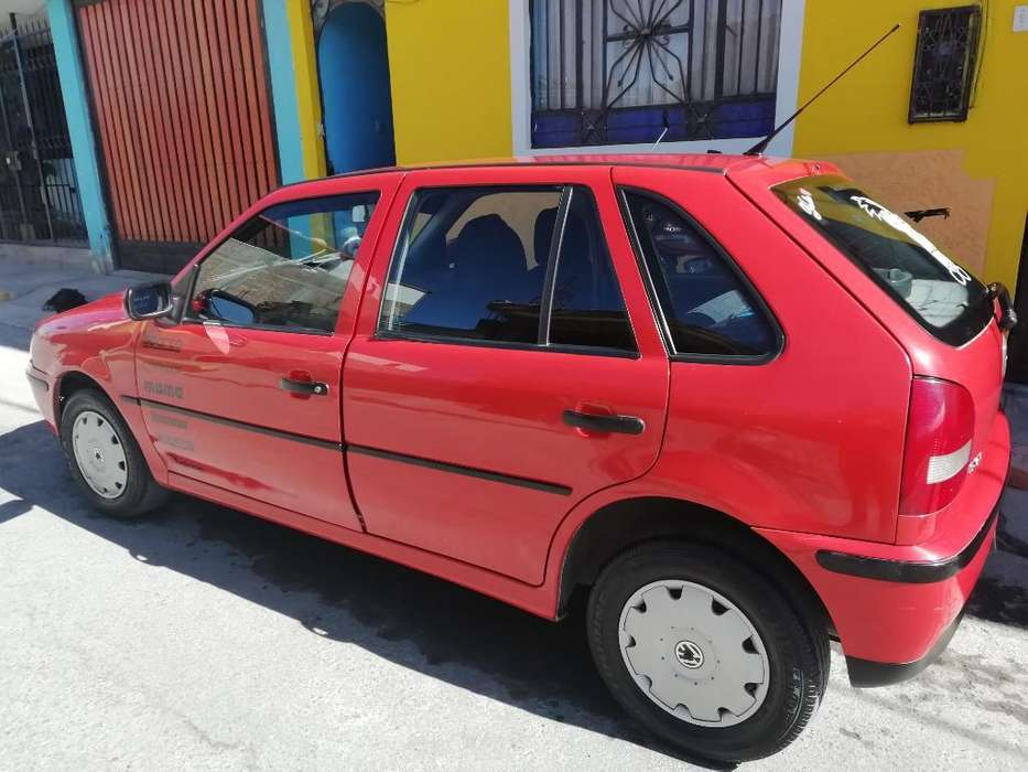 Volkswagen Gol 2001 - 19000 km