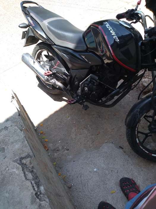 Vendo Moto Discovery 150st